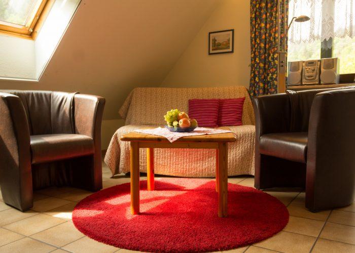 Bild der Sitzecke in der Ferienwohnung 2 Haus Wiesenttal